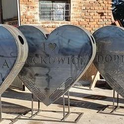 Kosz na nakrętki w kształcie serca 3